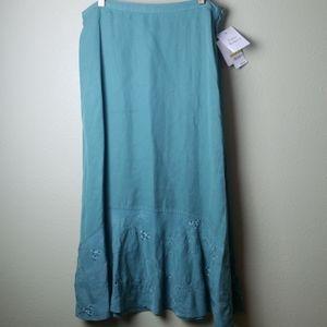 NWT - JM Collection Skirt